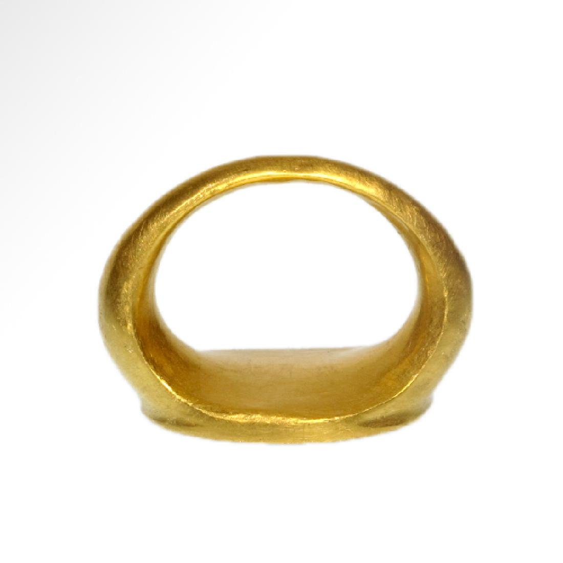 Roman Gold Ring with Head of Fortuna (Tyche) - 7