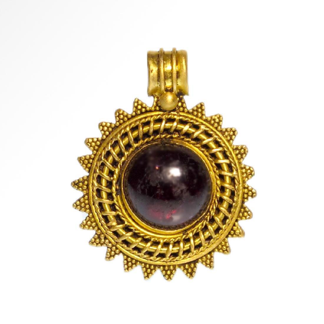 Greek Gold and Garnet Pendant, c. 2nd Century B.C.