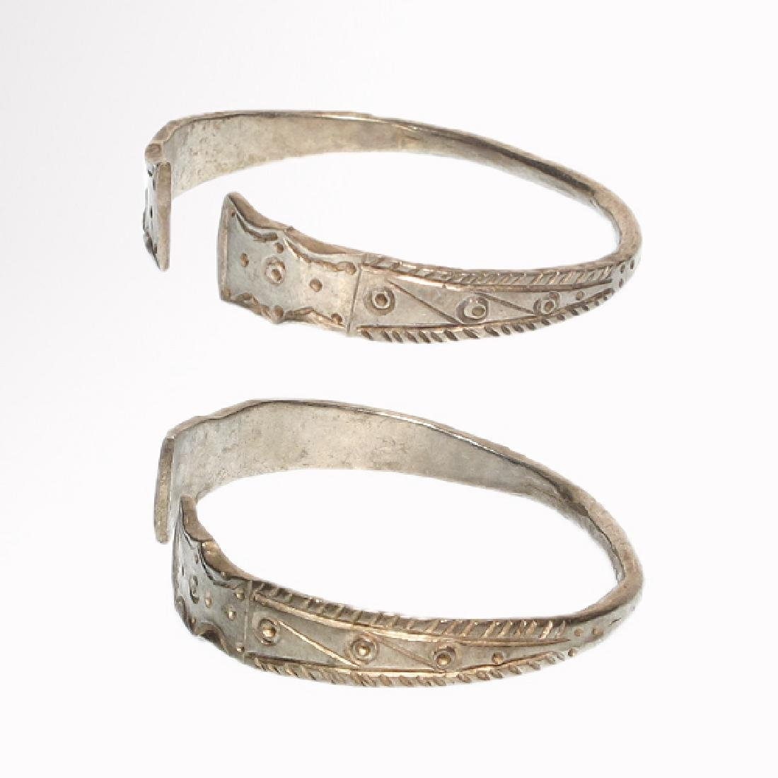 Pair of Celtic Silver Bracelets, Iron Age - 4