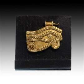 Egyptian Gold Eye Amulet Pendant, c. 900 B.C.