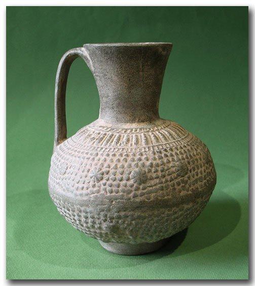 Unglazed Moulded Pottery Jug, Syria, c. 12th Century - 3