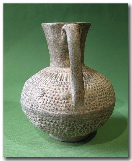 Unglazed Moulded Pottery Jug, Syria, c. 12th Century - 6