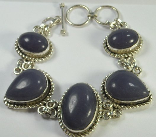 "103: 46.1 grams Purple Stone Bracelet 7-8"""