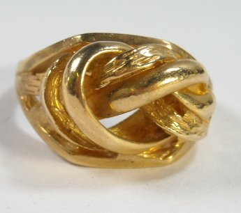212: 6.36 grams 14k Gold Love Knot Ring, SIze 6.5