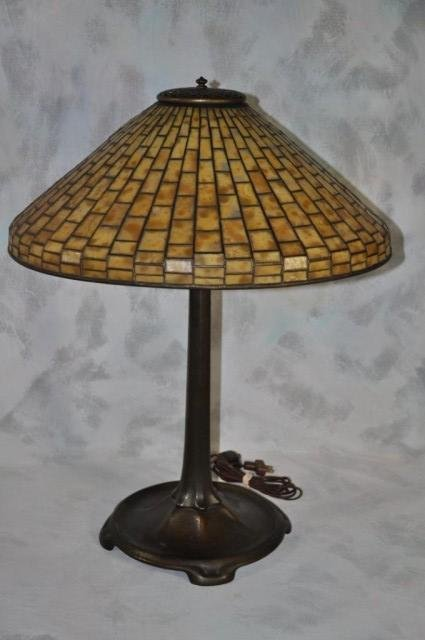 233: Tiffany Studios Lamp