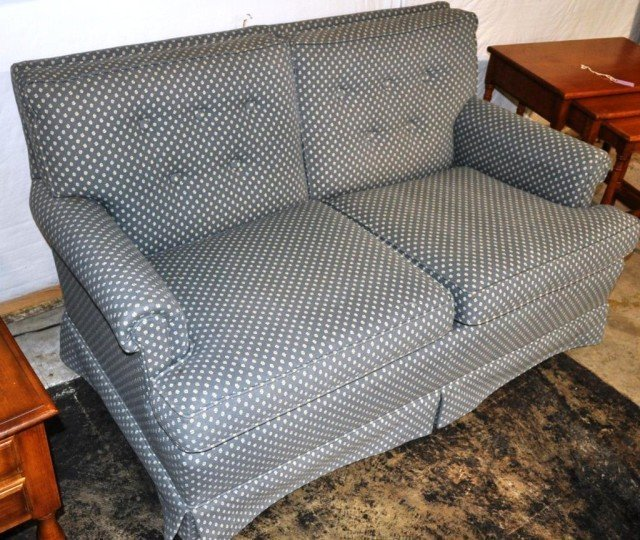 Upholstered 2 Cushion Love Seat
