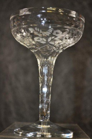 Fine Etched Hollow Stem Champagne Glasses 8 Piece - 7