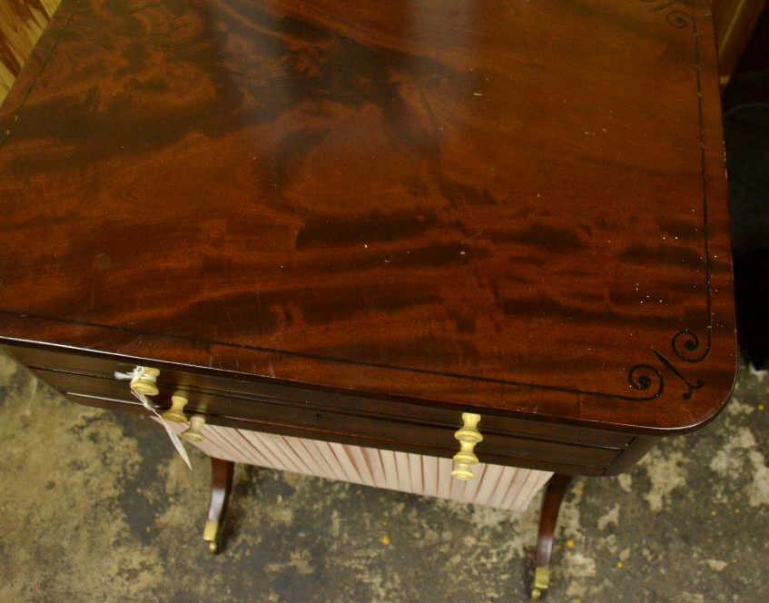 19th Century Sewing Table - 2