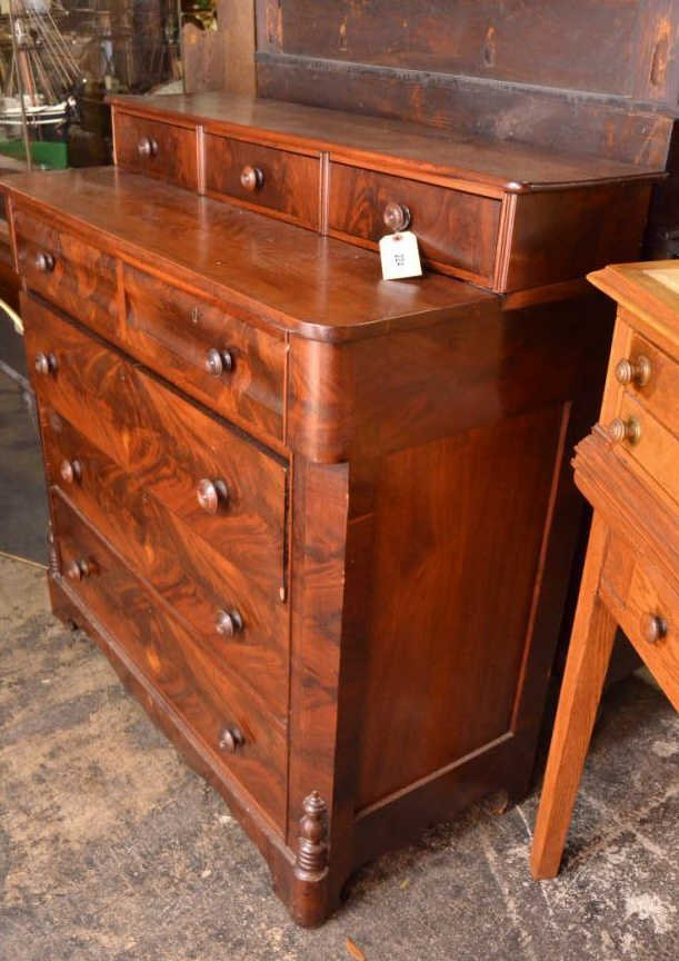 American Classical Chest of Drawers - 4