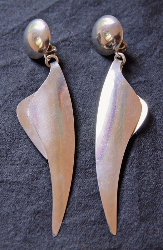 23: Paar Ohringe