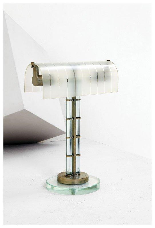 15: Lampada da tavolo in vetro e ottone