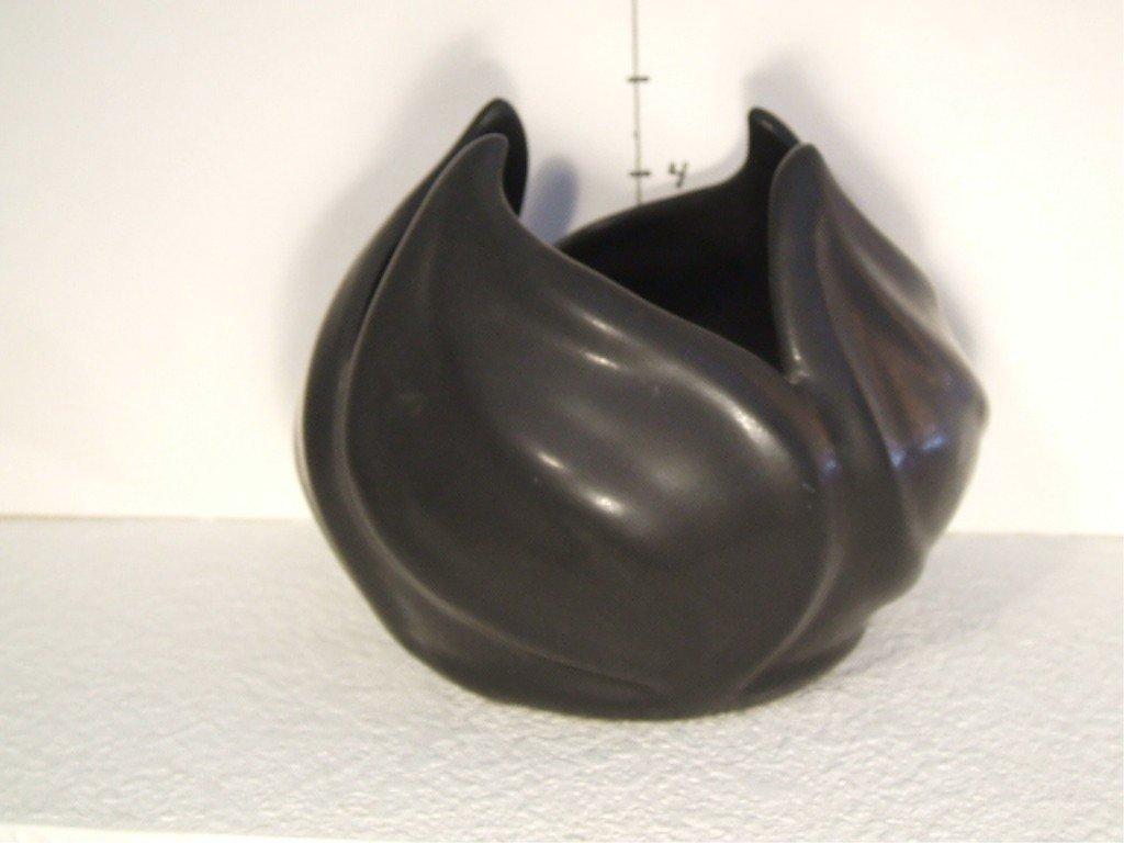 20: Van Briggle Vase/Pot Leaf Design