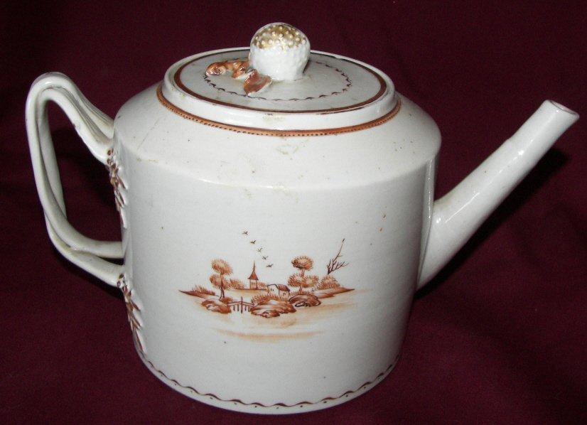 147: Chinese Export Tea Pot