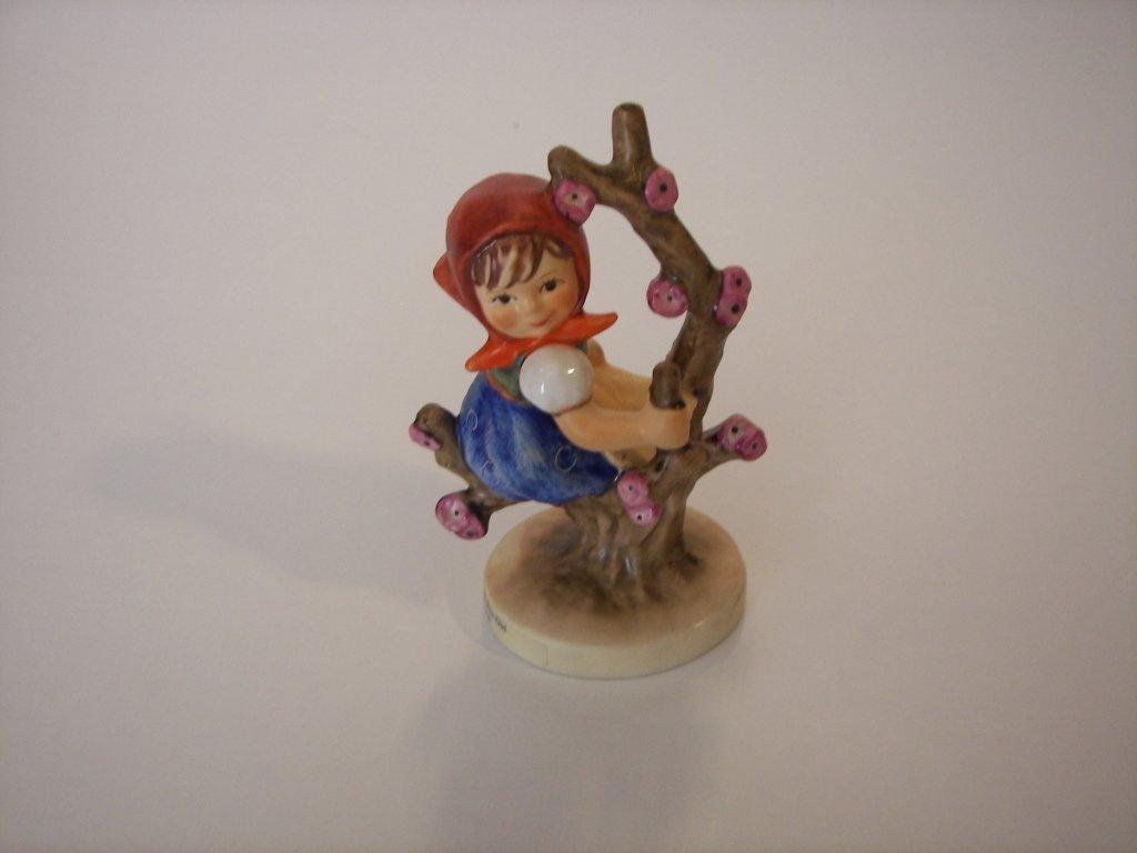 """18: Goebel Hummel Figurine """" Apple Tree Girl """""""