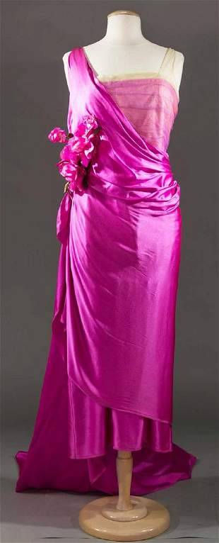 TRAINED FUCHSIA EVENING GOWN, LATE 1920s