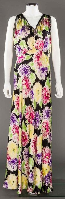 PRINTED SILK CHARMEUSE GOWN, LATE 1930s