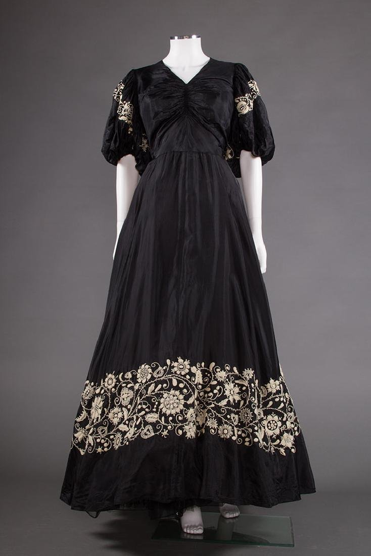 EMBROIDERED BLACK RAYON GOWN, 1940s