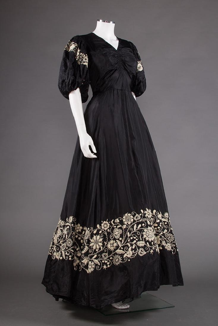 EMBROIDERED BLACK RAYON GOWN, 1940s - 2