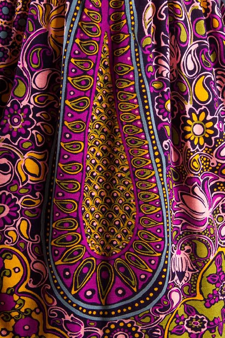 TWO PRINTED TRIGERE DRESSES, 1960-1970 - 9