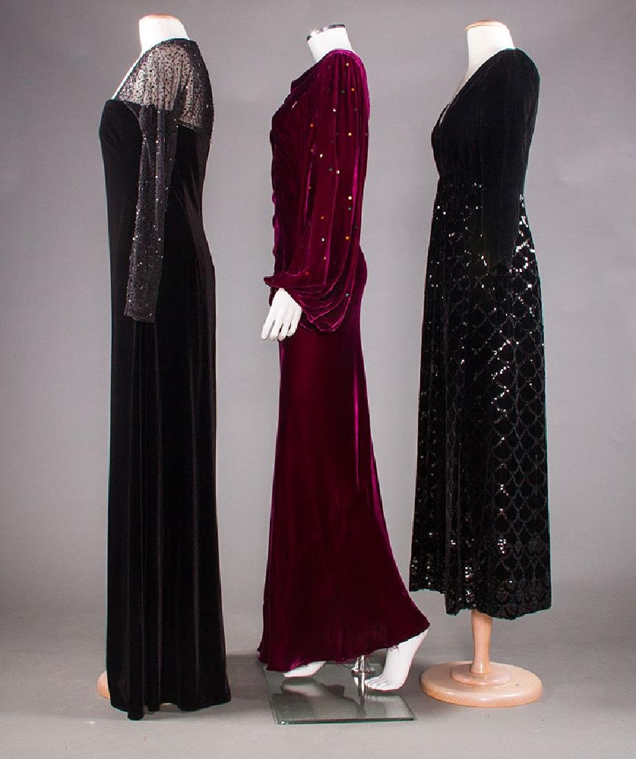 THREE VELVET EVENING GOWNS, 1930-1980 - 2