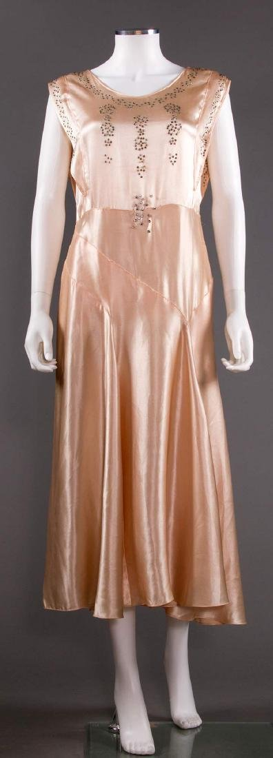 SATIN BIAS-CUT EVENING GOWN, 1930s