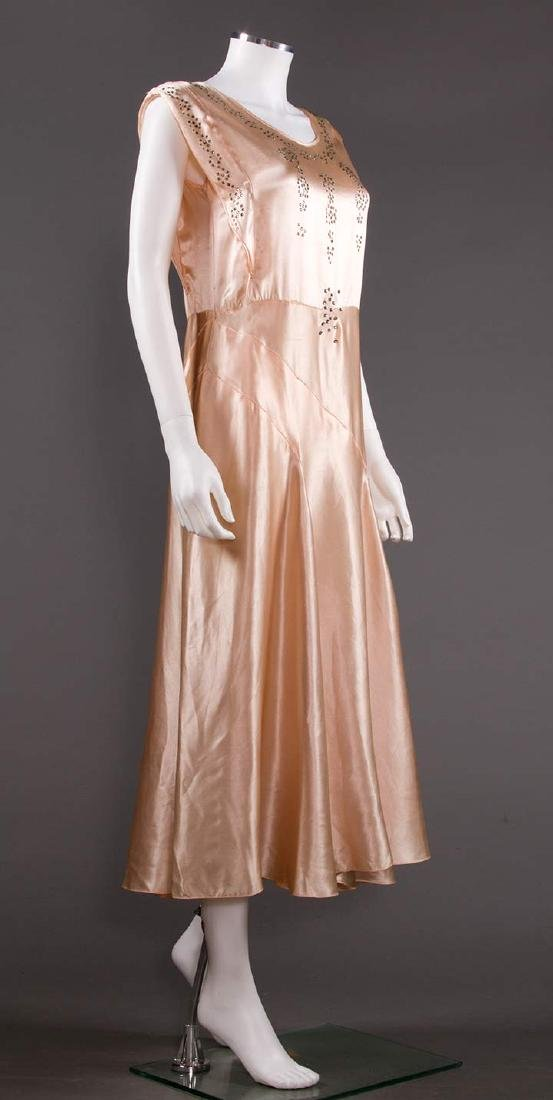 SATIN BIAS-CUT EVENING GOWN, 1930s - 2