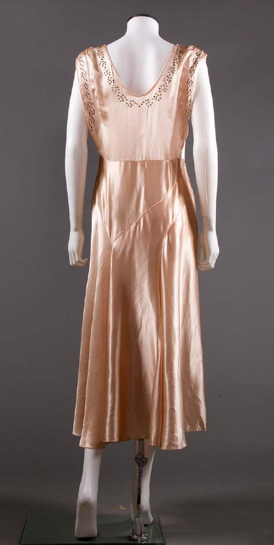 SATIN BIAS-CUT EVENING GOWN, 1930s - 4