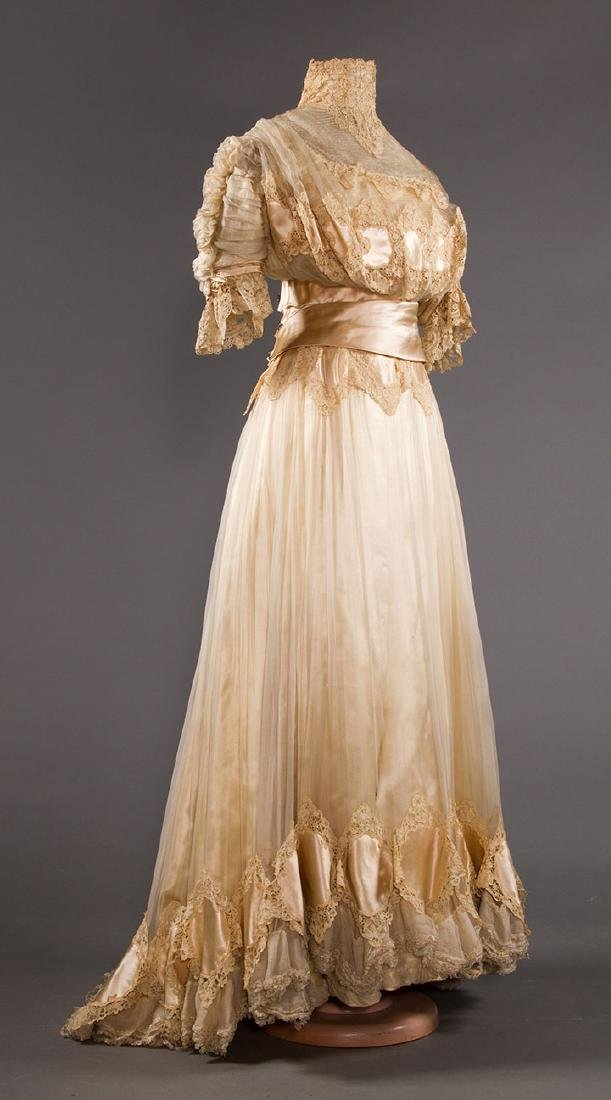 SILK & BRUSSELS LACE WEDDING GOWN, NYC, 1902