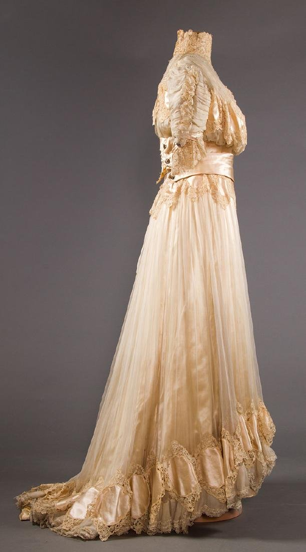 SILK & BRUSSELS LACE WEDDING GOWN, NYC, 1902 - 3