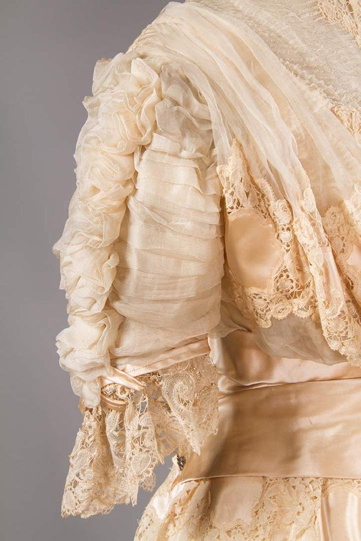 SILK & BRUSSELS LACE WEDDING GOWN, NYC, 1902 - 5