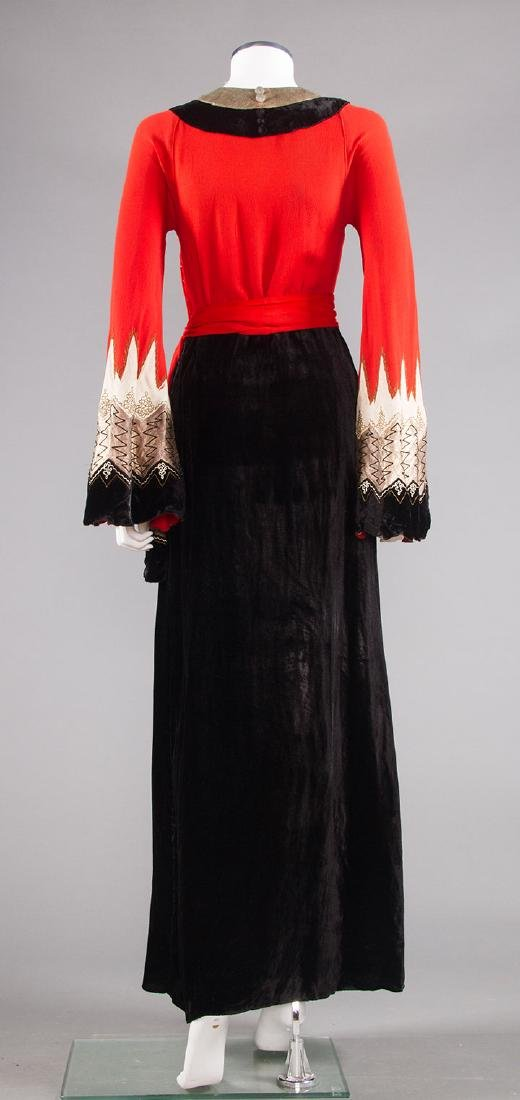 BLACK, CORAL & SILVER EVENING DRESS, c. 1940 - 4