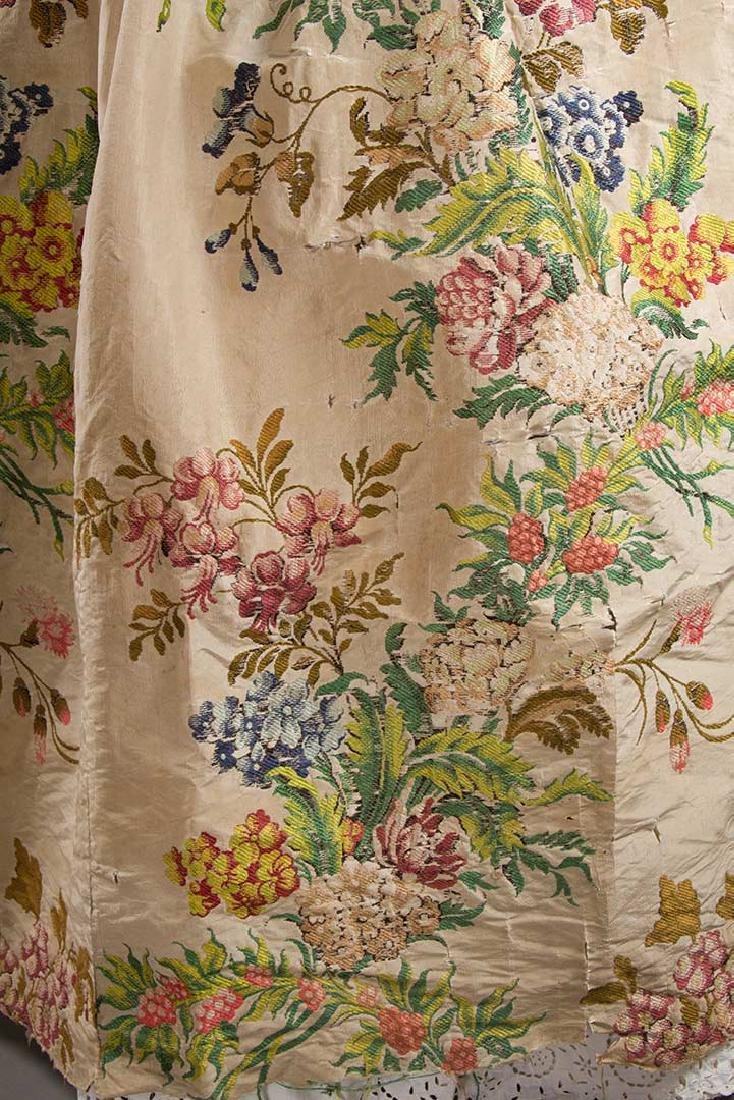 LADY'S SILK BROCADE GOWN, MID 18TH C - 6