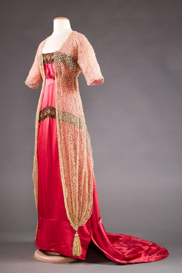 TRAINED PINK SATIN EVENING GOWN, c. 1912 - 2