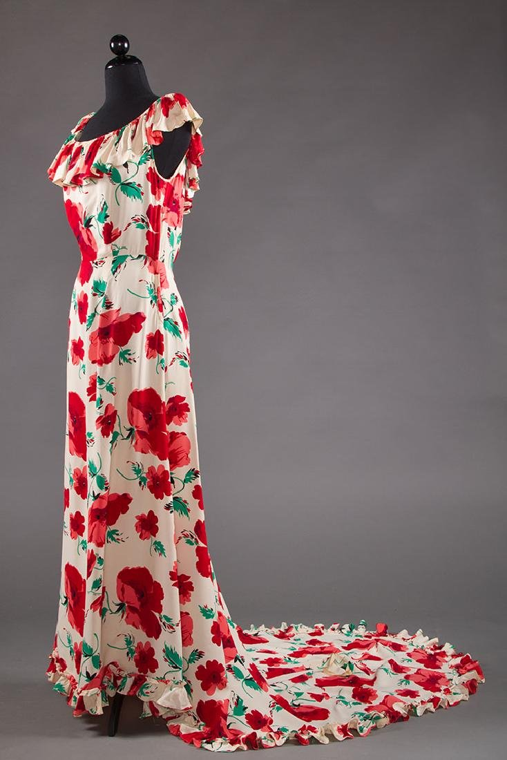 TRAINED SUMMER EVENING DRESS, EARLY 1940s - 2