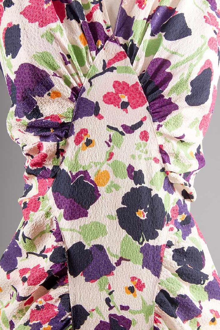 PRINTED SILK AFTERNOON DRESS, c. 1940 - 5