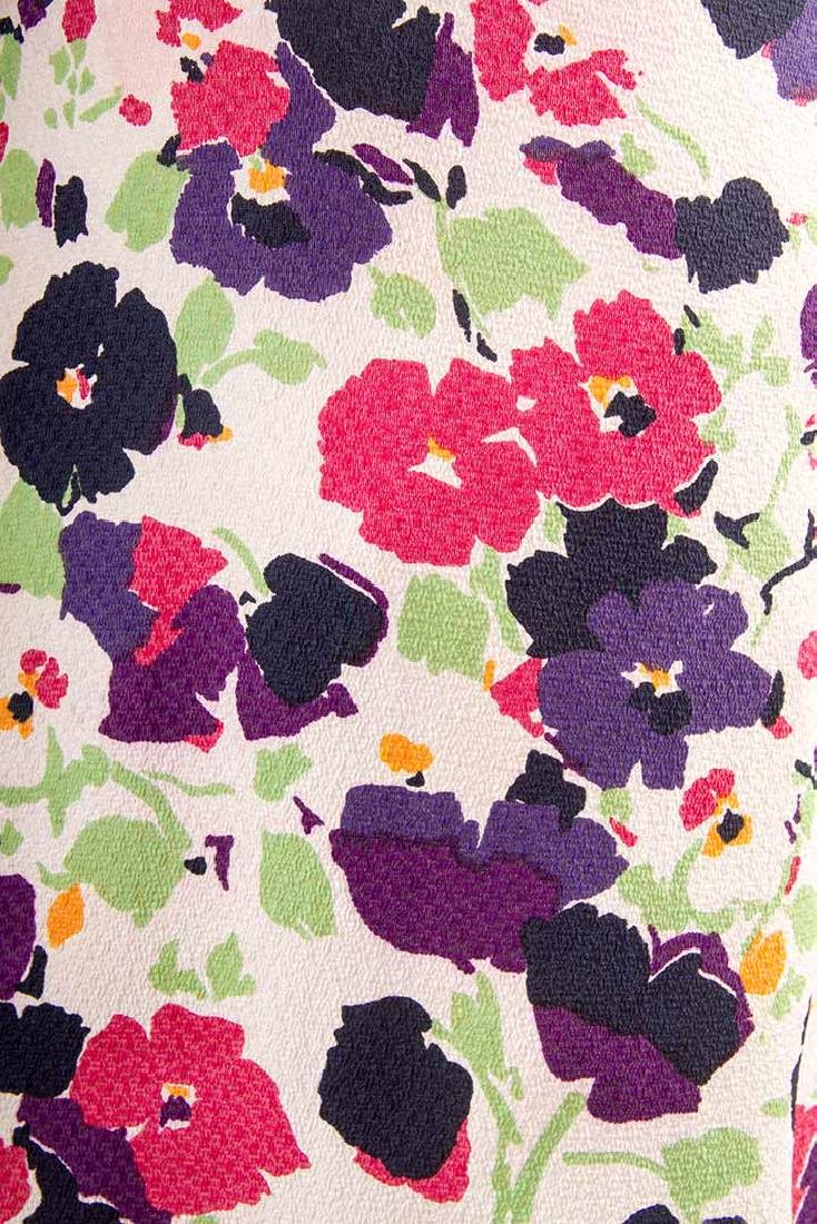 PRINTED SILK AFTERNOON DRESS, c. 1940 - 6