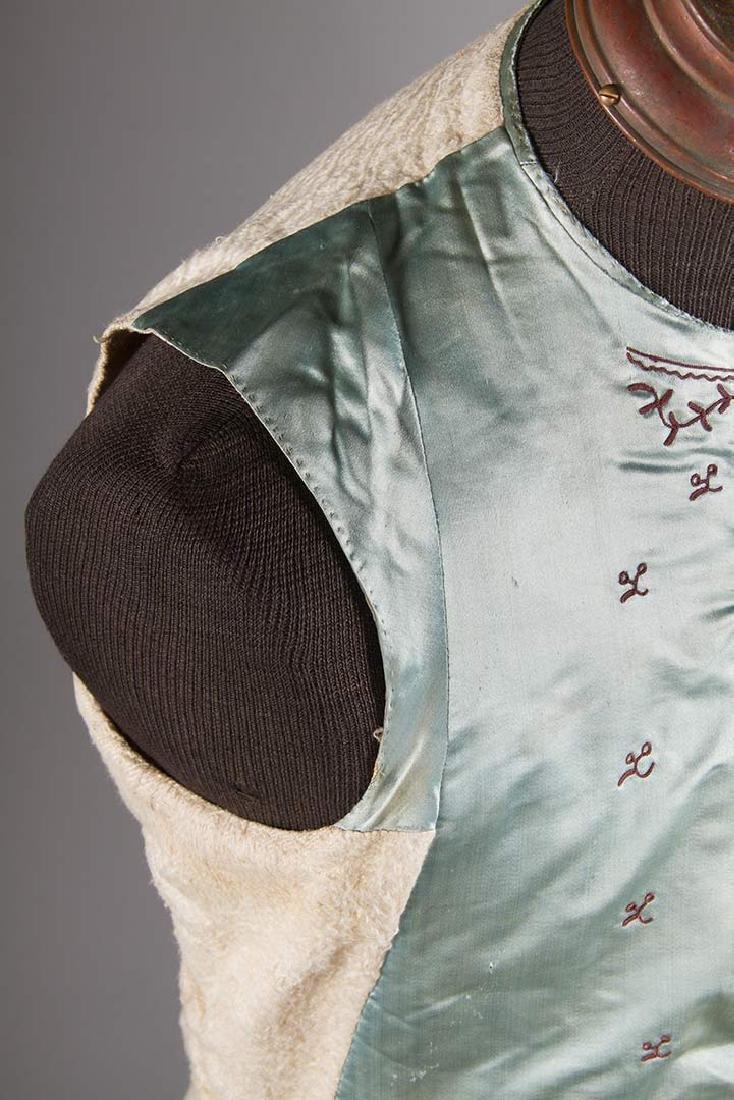 GENT'S BLUE SILK WAIST COAT, 1770-1780 - 7