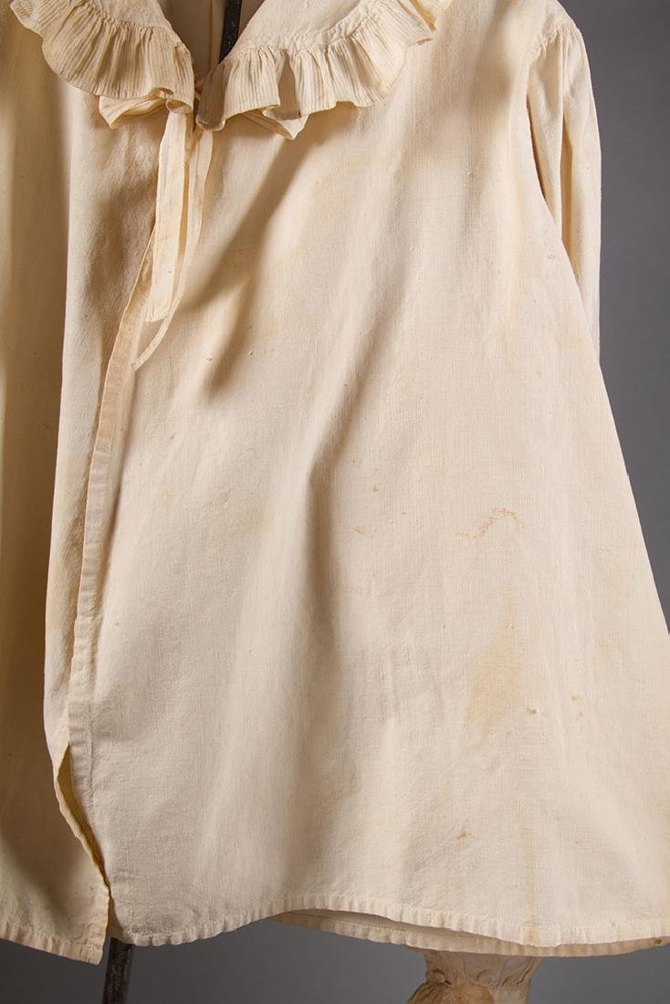 2 LADIES' COTTON SACQUES, EARLY 19TH C - 4