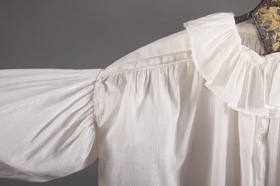 2 LADIES' COTTON SACQUES, EARLY 19TH C - 5
