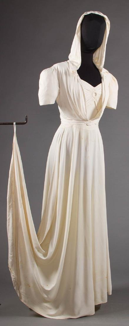 1 WHITE JERSEY GOWN & 1 MAROON JACKET, 1938-1942 - 5