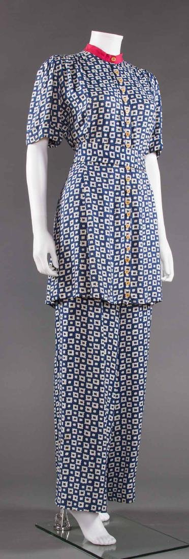 LADY'S PRINTED SUMMER TUNIC & PANT SET, EARLY 1940s - 2