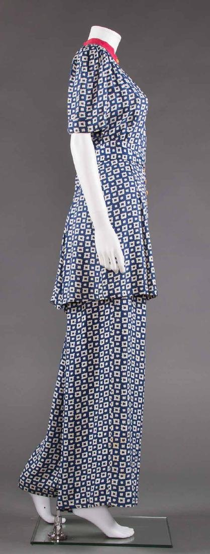 LADY'S PRINTED SUMMER TUNIC & PANT SET, EARLY 1940s - 3
