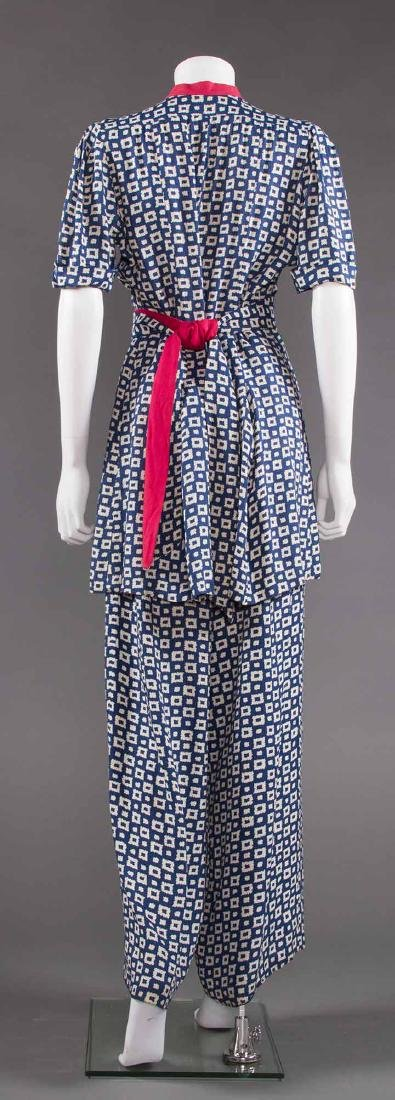 LADY'S PRINTED SUMMER TUNIC & PANT SET, EARLY 1940s - 4