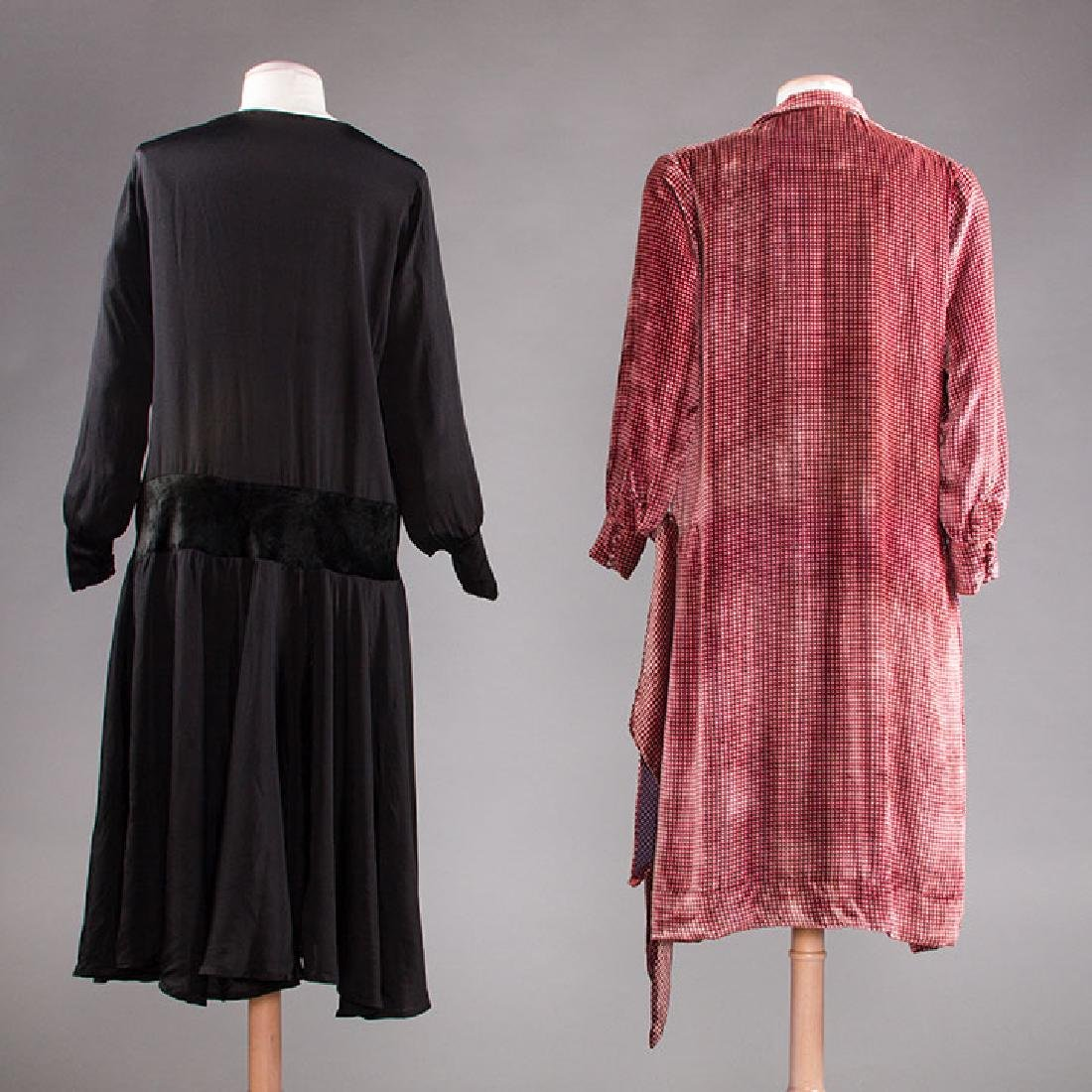 1 AFTERNOON & 1 DINNER DRESS, 1920s - 3