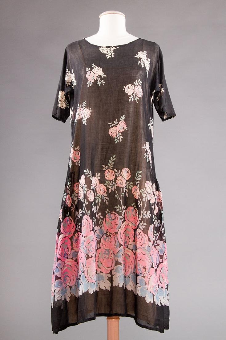 2 PRINTED DRESSES: 1 DAY & 1 PARTY, 1920s - 5