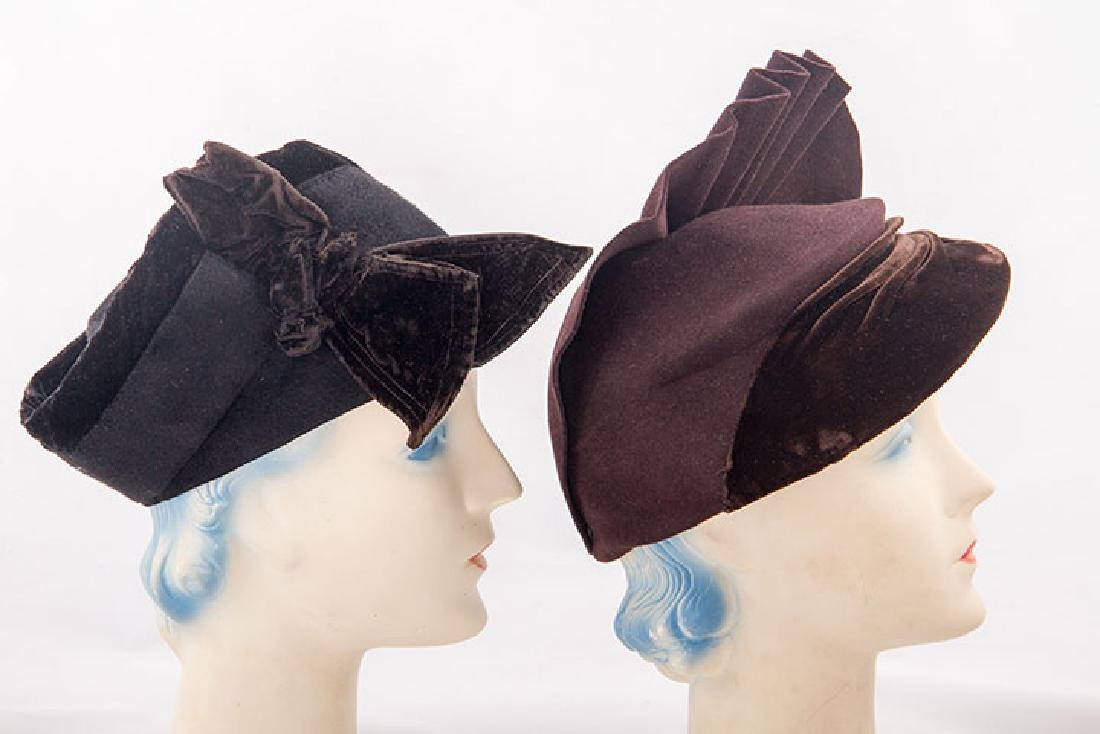 5 LADIES' FELT HATS, 1930-1940 - 4