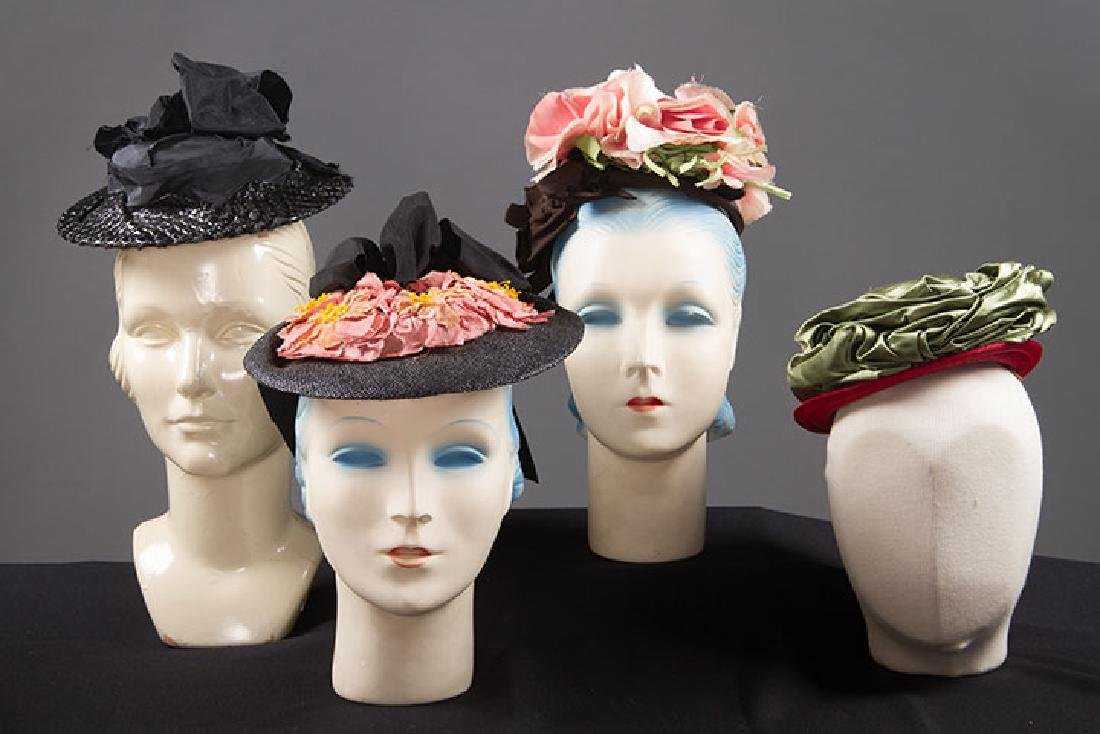 4 SMALL SUMMER HATS, 1940s