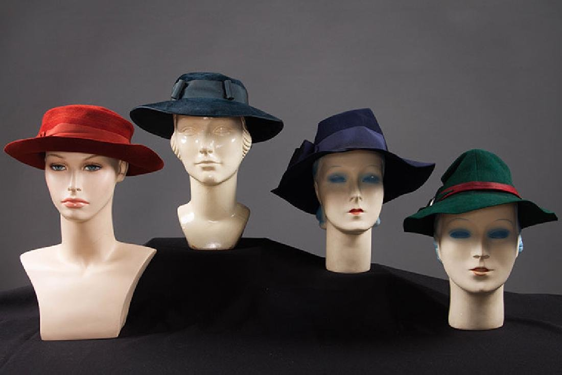 4 DAY HATS, 1940s