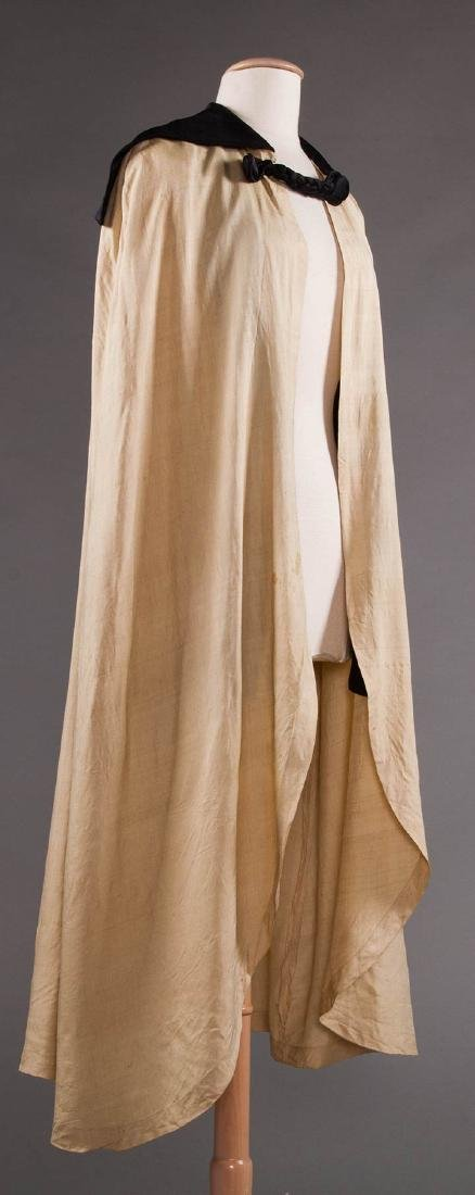 LIBERTY LONG SILK CAPE, EARLY 20TH C - 2
