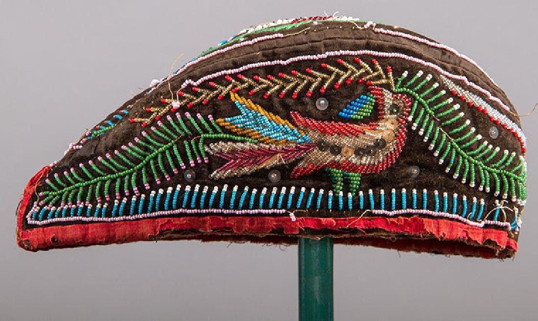 4 NATIVE AMERICAN BEADED ACCESSORIES, MID 19TH C - 3